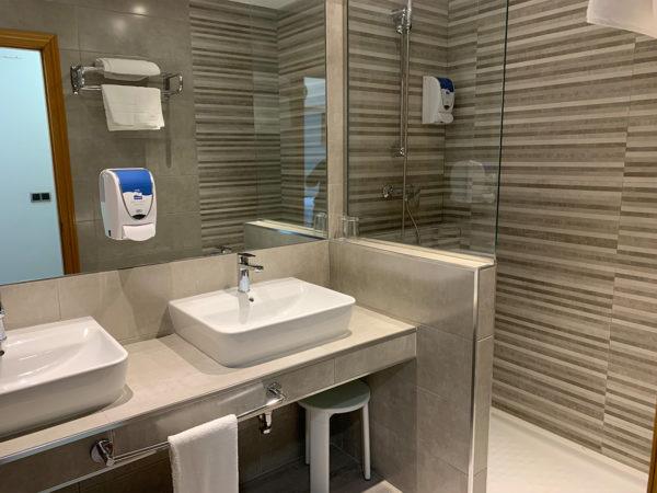 IMG 0552 600x450 - Suite con salón