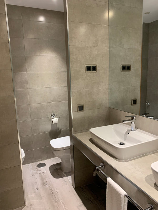 IMG 0553 600x800 - Suite con salón