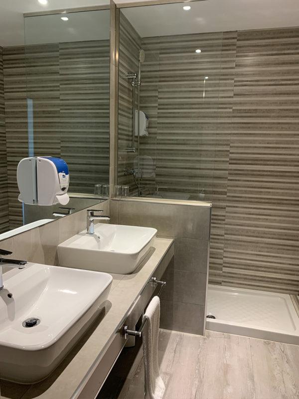 IMG 0554 600x800 - Suite con salón
