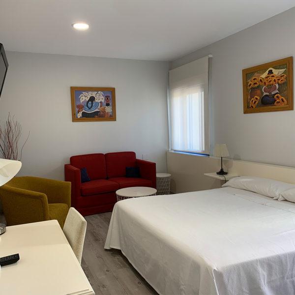IMG 0555 600x600 - Suite con salón