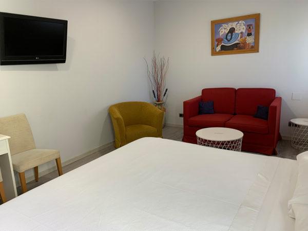 IMG 0558 600x450 - Suite con salón