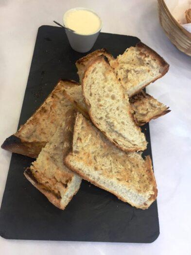 Aperitivo pan con alioli e1613640320725 393x525 - La carta